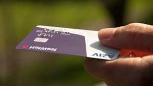 Cómo hacer una carta de autorización de tarjeta de crédito